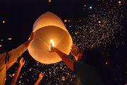 25 лей. Летающий-Водныйе фонарикй. lanterne zburatoare
